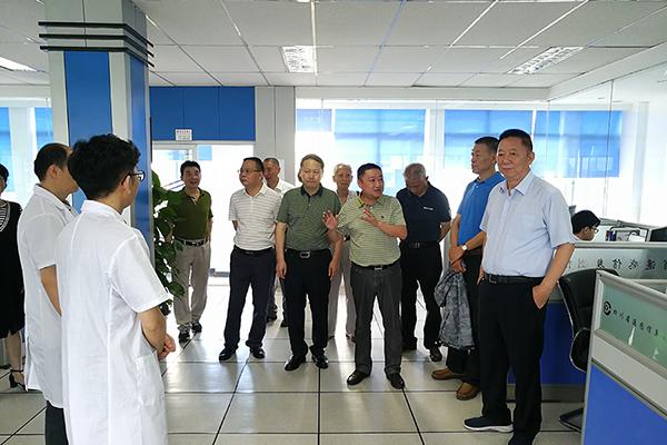 四川测绘地理信息局老领导到自然资源部第三航测遥感院参观